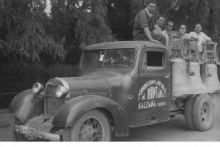 Campanas para su entrega en 1920